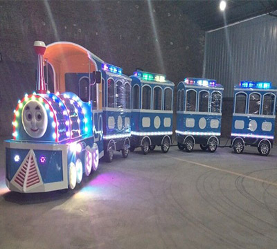 thomas the tank engine trains for sale